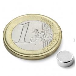 Neodijumski magnet Fi 6x2mm, 0,69 KG